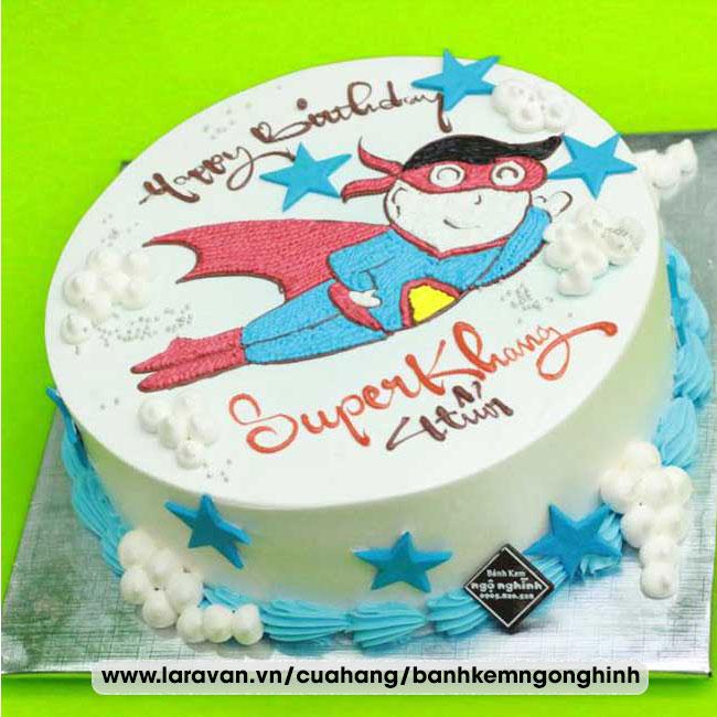 Bánh kem sinh nhật vẽ hình siêu nhân bay