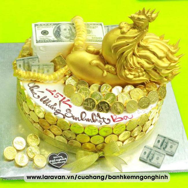 Bánh kem sinh nhật tạo hình 3d con gà mạ vàng sang trọng tặng ba