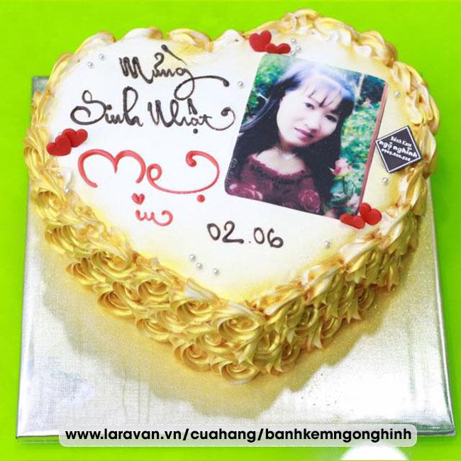 Bánh kem sinh nhật in hình ăn được đẹp lạ tặng mẹ