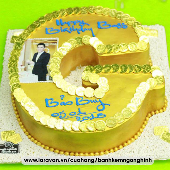 Bánh kem sinh nhật tặng sếp sang trọng hoành tráng