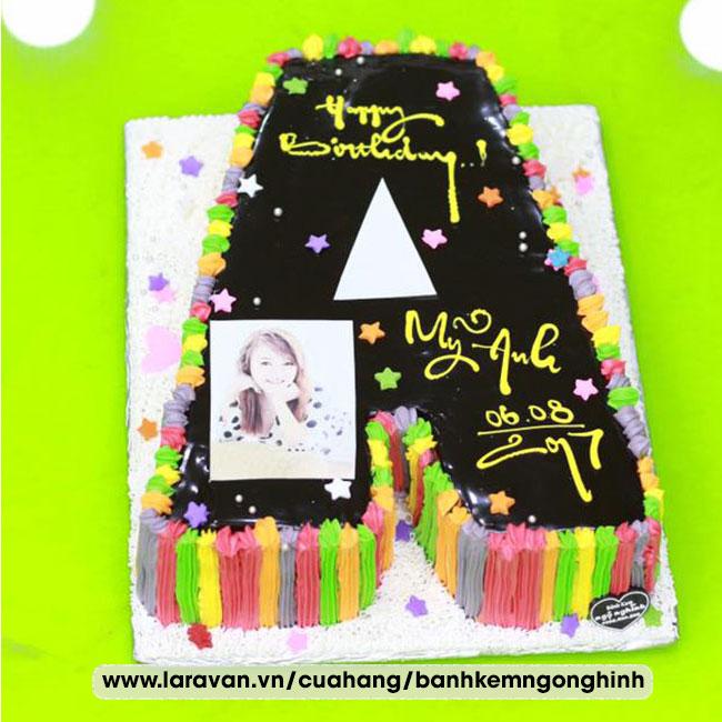 Bánh kem sinh nhật tạo hình 3d chữ A phủ socola