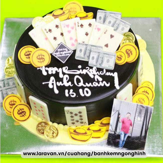 Bánh kem sinh nhật trang trí tiền đôla