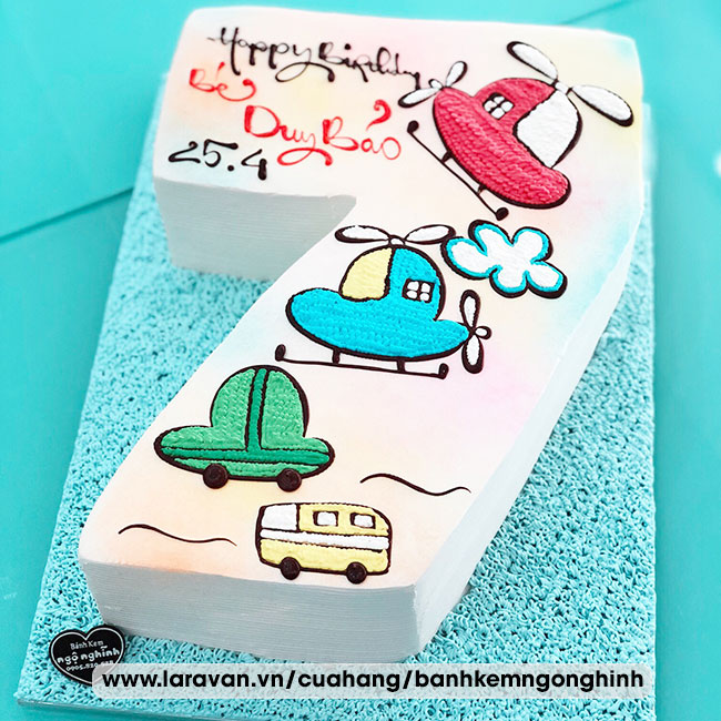 Bánh kem sinh nhật vẽ hình xe hơi và máy bay