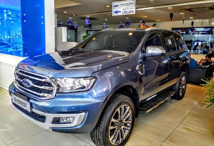 Ford Everest Cần Thơ