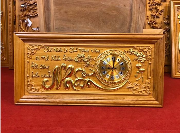 Tranh gỗ đồng hồ chữ Nhẫn
